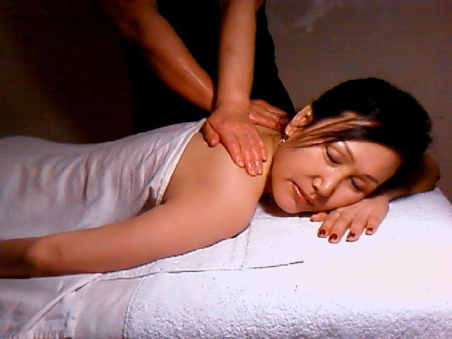theraputic-massage2